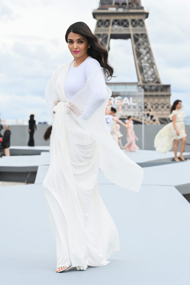 """PARIS, FRANCE - OCTOBER 03: Aishwarya Rai Bachchan walks the runway during """"Le Defile L'Oreal Paris 2021"""" as part of Paris Fashion Week on October 03, 2021 in Paris, France. (Photo by Pascal Le Segretain/Getty Images For L'Oreal)"""