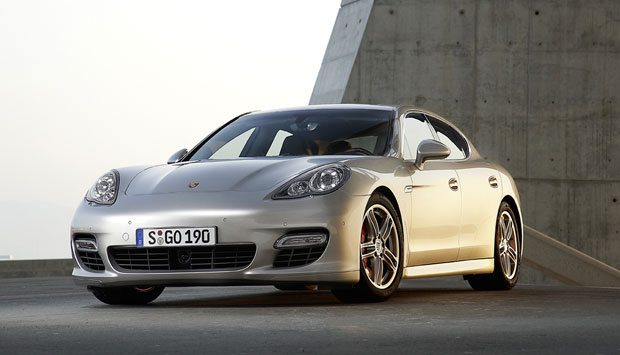 Auto Bild and Schwacke name Porsche Panamera Turbo as Value Champion 2012