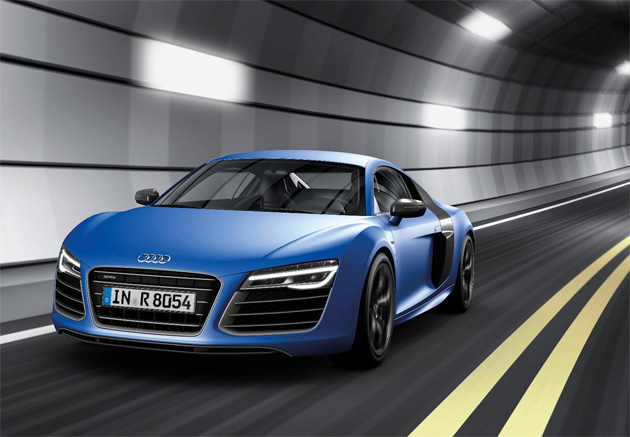 New look Audi R8 V8 and V10 Coupé and Spyder models adopt S tronic twin-clutch transmission as part of 2013 Model Year revisions