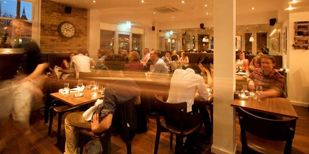 Housed at the former site of a covered antiques market – referenced by its nostalgic name – Antico is dressed with a modern take on a rustic trattoria – think wooden tables, white linens, bare-brick walls, chocolate brown leather banquettes and blackboards, chalked up with farm-fresh cuts of the day. In a nutshell, it's a smart-casual, relaxed Italian affair, where the food heavily outshines the décor.