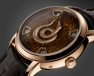 For the next cycle of the Métiers d'Art collection cycle, luxury Swiss watch maker Vacheron Constantin present The Legend of the Chinese Zodiac, The Year of the Snake Model.
