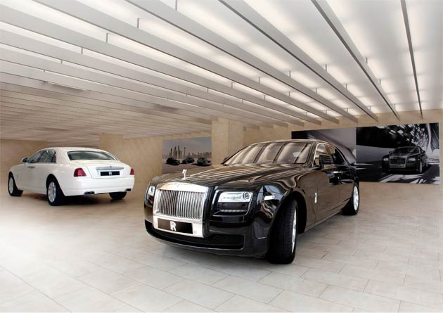 Rolls-Royce opens a brand new showroom in the Indian City of Hyderabad