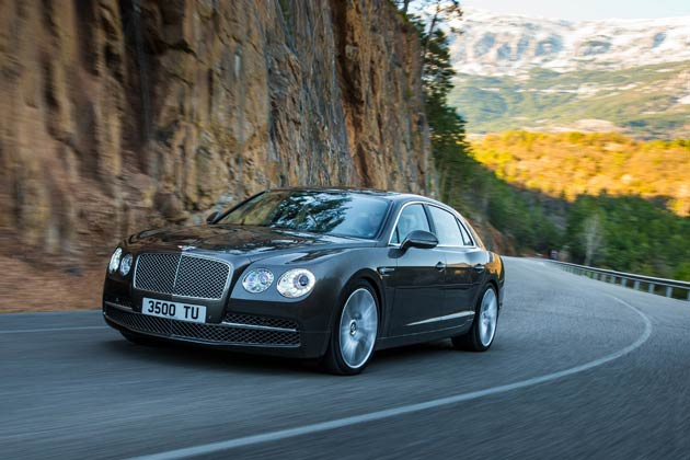 Bentley's styling team has developed an athletic design for the new Flying Spur that combines traditional Bentley styling cues with a sporting stance and contemporary details