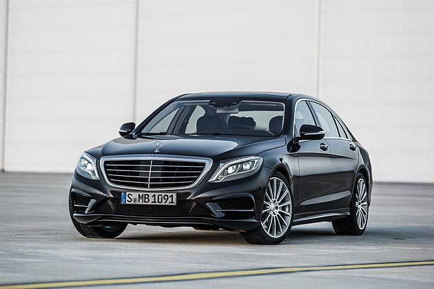 "With three main engineering priorities ""Intelligent Drive"", ""Efficient Technology"" and ""Essence of Luxury"", the latest incarnation of the S-Class has once again pushed the boundaries of current automotive technology."