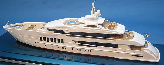 Bespoke Impact Unveil The Ultimate Luxury Bath Toy - A Super Yacht for Kids! 6