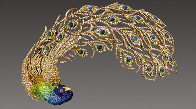 """Peacock"" brooch (cat. 216); Mellerio, Paris, c. 1905; gold, diamonds, enamel; length: 12 cm; private collection"