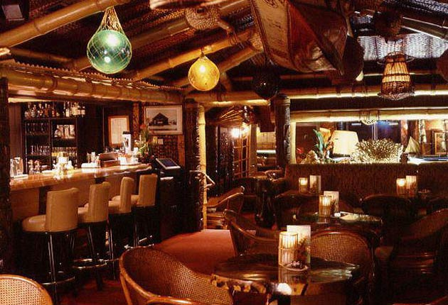 Simon Wittenberg Visits Mayfair's Trader Vic's