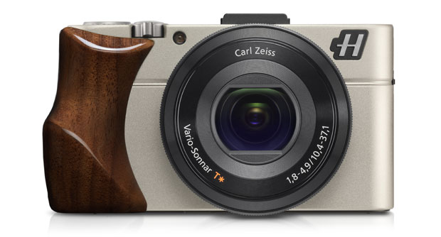The Hasselblad Stellar II luxury camera in walnut