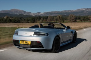 Luxurious Magazine Reviews The Aston Martin V12 Vantage S Roadster (2)