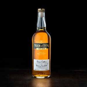 The Pearl Edition is the result of the collaboration of the recently retired Barry Crockett, Master Distiller Emeritus and Brian Nation, Master Distiller