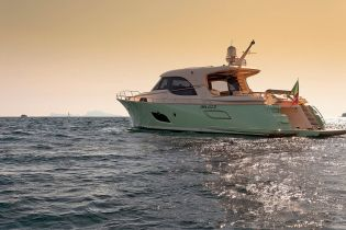 Luxurious Magazine Interviews Silver Star Yachting 4