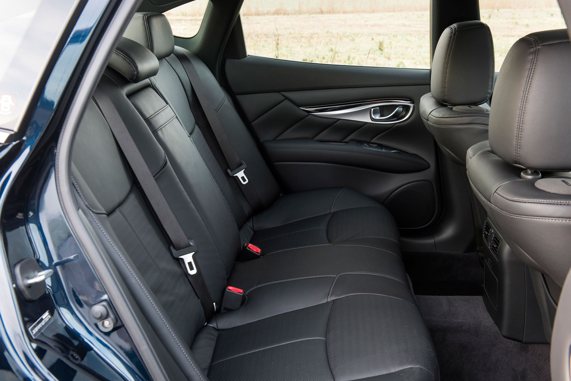 Rear passenger space within the Infiniti Q70