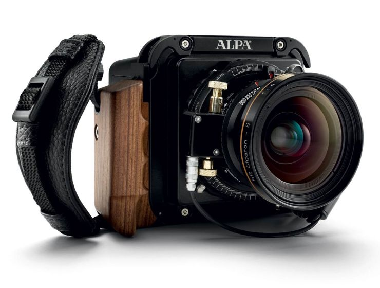 Simone Zeffiro Test-Drives The New Phase One A-series Camera