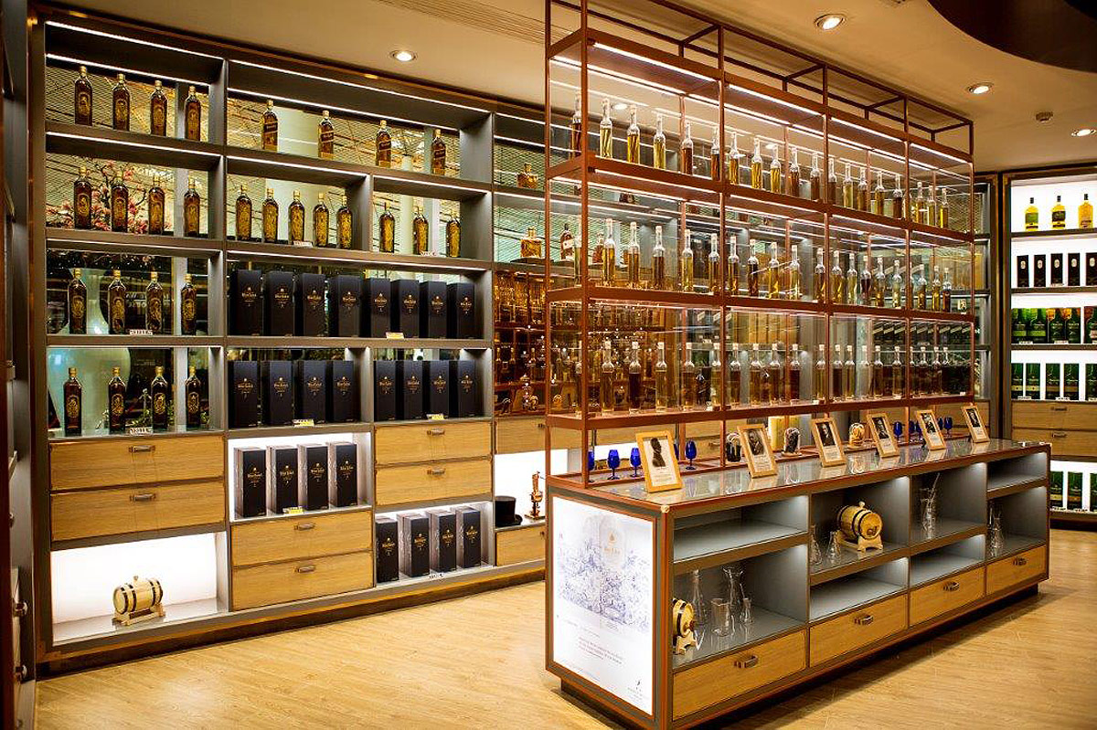 Travellers At Asian Airports To Experience Johnnie Walker Houses