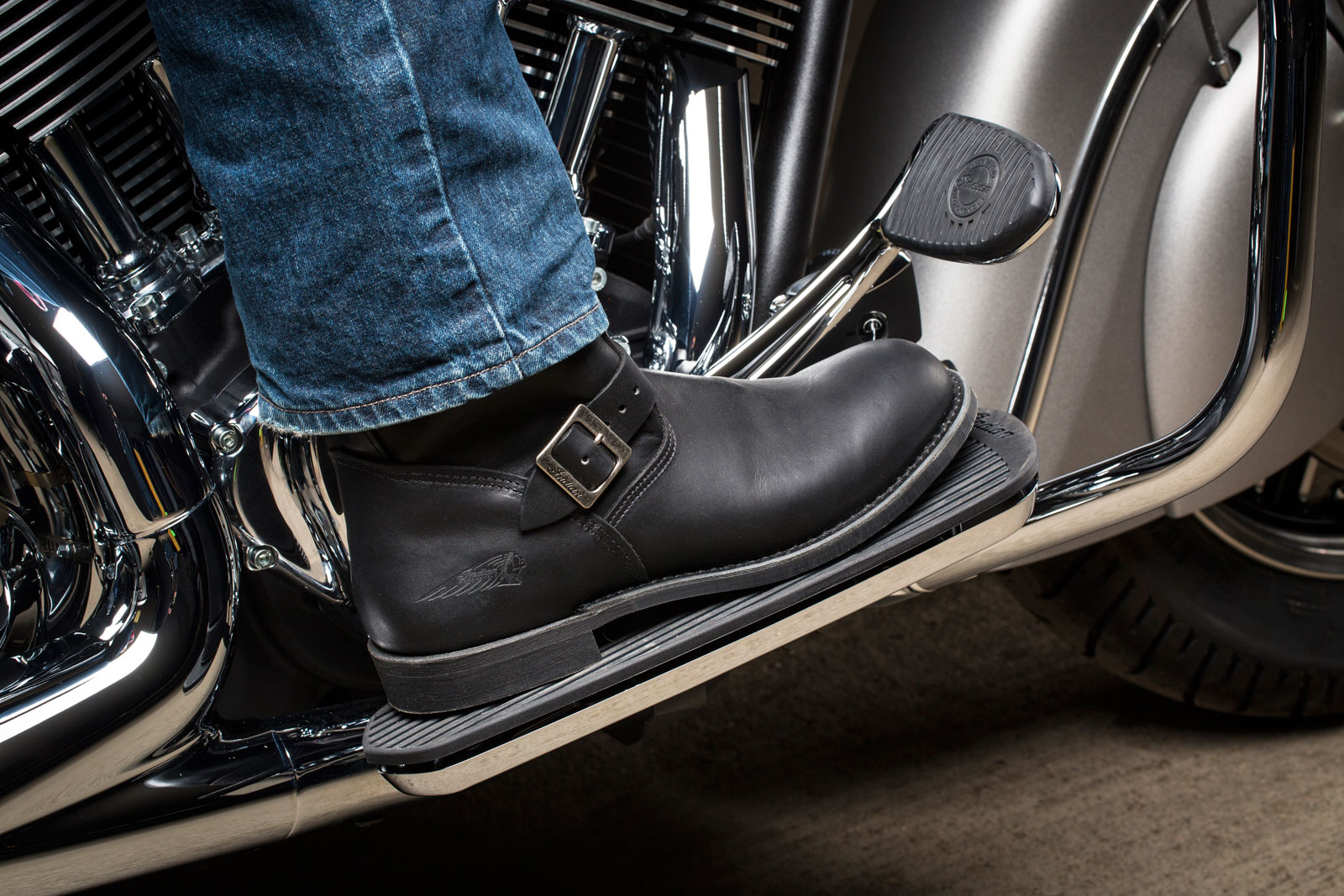 indian-motorcycle-boots-2