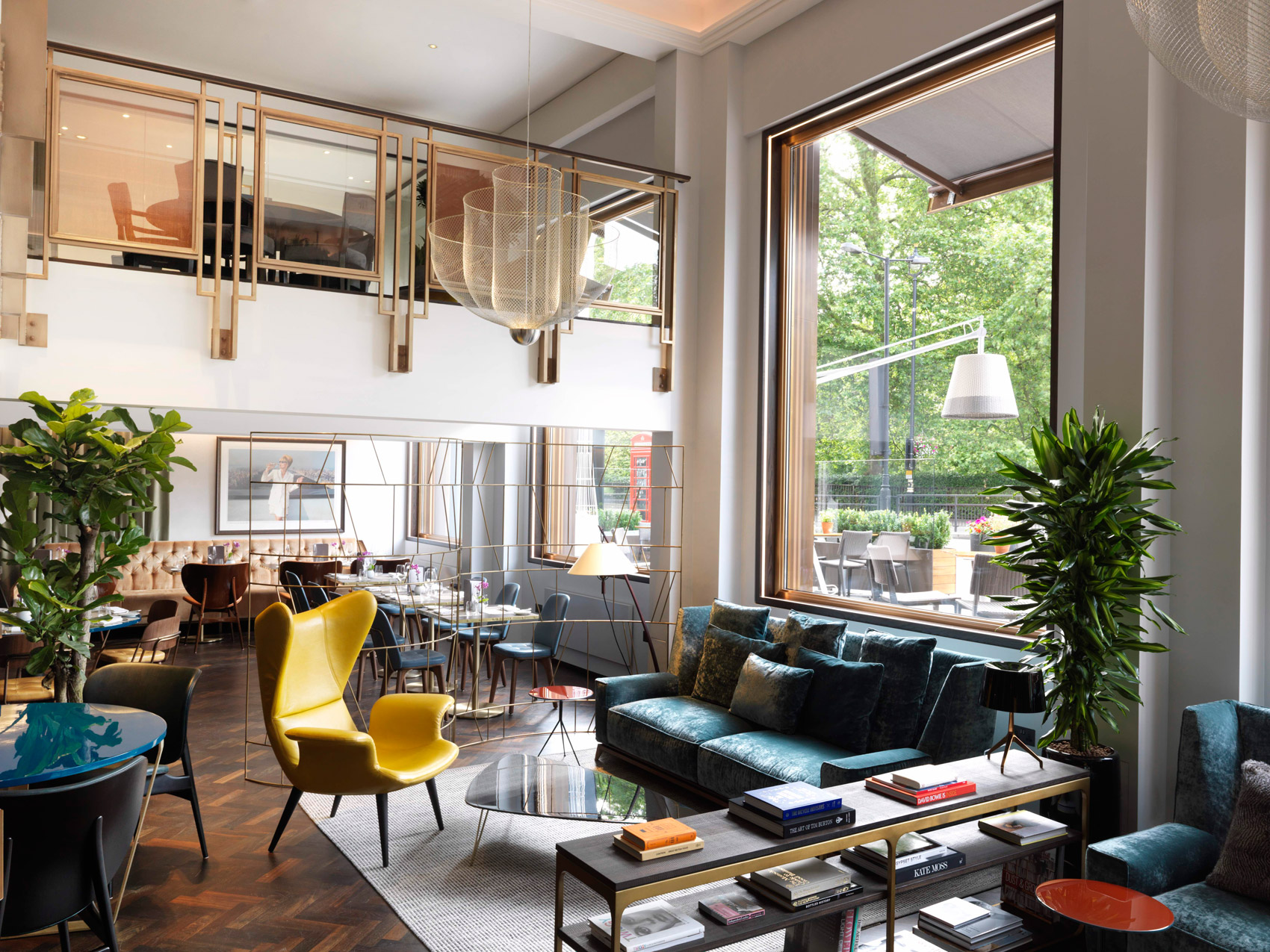 The Best Cocktails In London At THE BAR At The Athenaeum Hotel 4