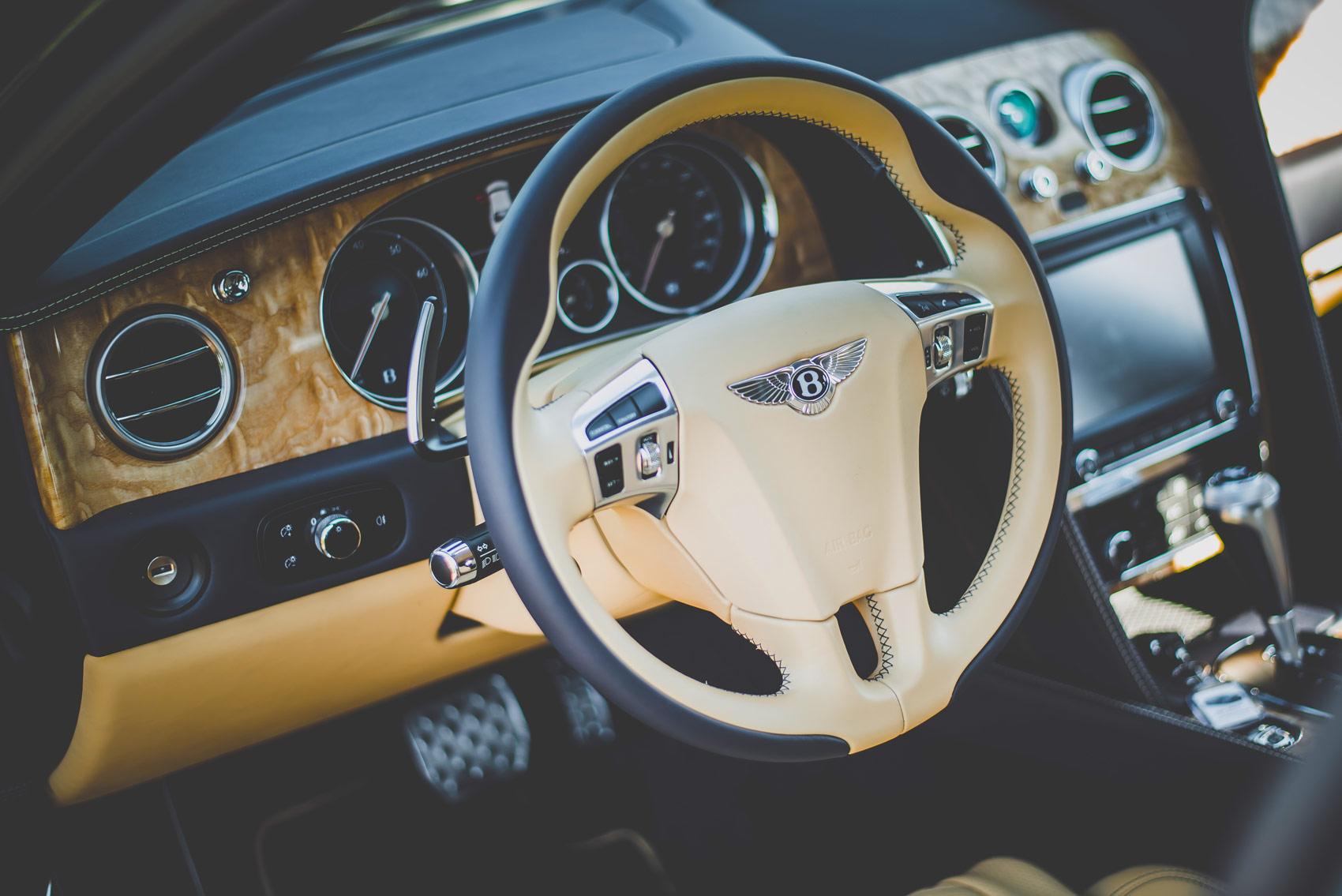Beluga hand-stitched leather steering wheel