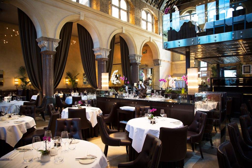 """""""Chapeau"""" To Galvin La Chapelle's Menus Gourmands 3"""