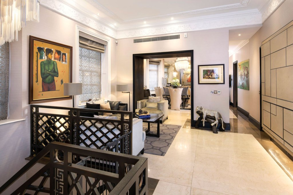 Douglas Fairbanks Jr's former Mayfair residence to let at 99 Park Lane 5