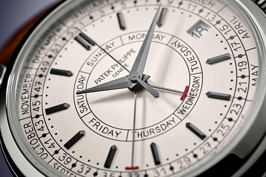Calatrava Weekly Calendar timepiece (Ref. 5212A-001)