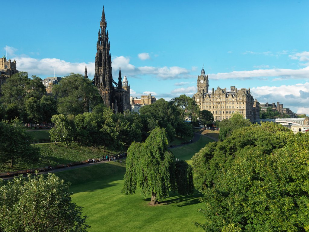 Luxurious Magazine Review of The Balmoral Hotel, Edinburgh, Scotland 7