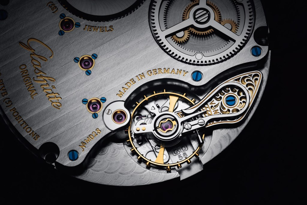 The Senator Chronometer from Glashütte Original - A Masterpiece of Certified Precision 8