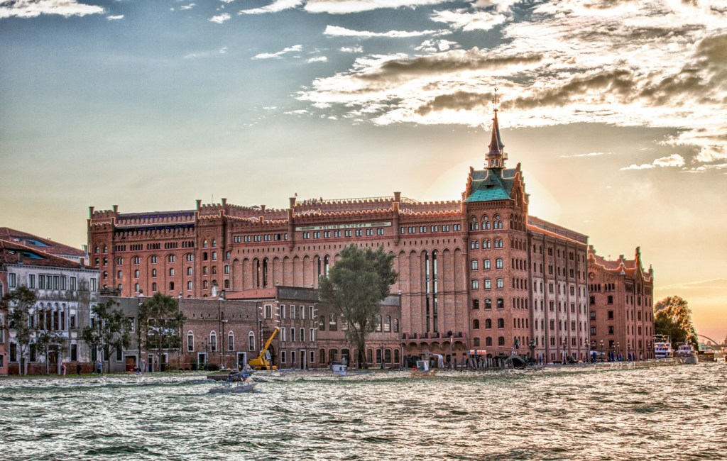 Hilton Molino Stucky Nominated for World's Leading Conference Hotel 2019