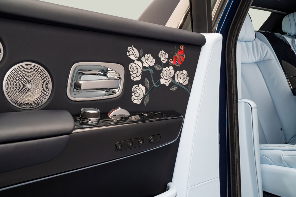 A Rolls-Royce Phantom Commission with One Million Embroidered Stitches 8