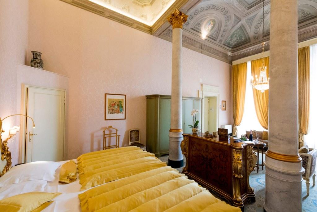 Bedroom suite in the The Grand Hotel Villa Serbelloni