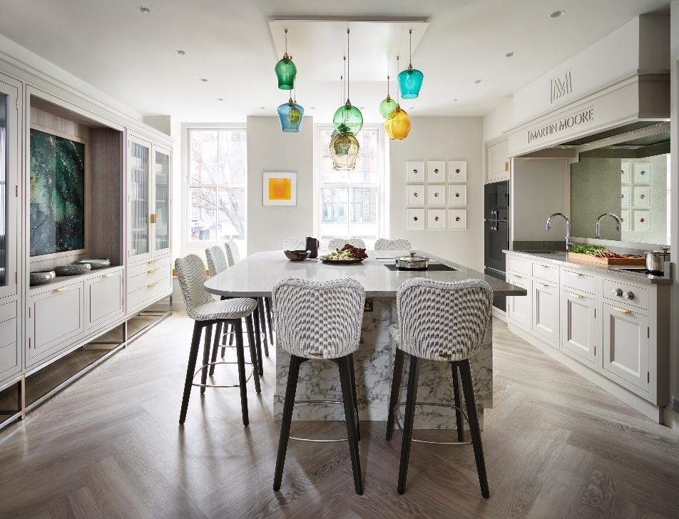 Martin Moore Creates Kitchen for Michelin-Starred Restaurant Pied à Terre 7