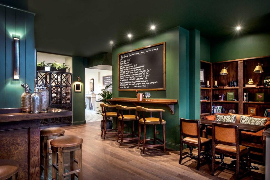The Hunter's Moon pub London Menu Board
