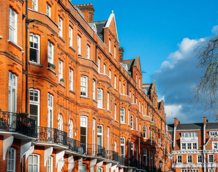 UK House Prices Creep up Across the Board while London Continues to Slow