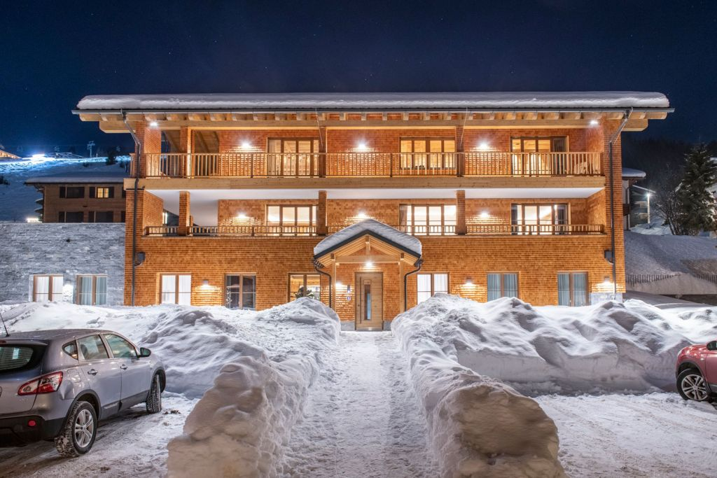 Bramble Ski Opens Three new Luxury Chalets in Lech