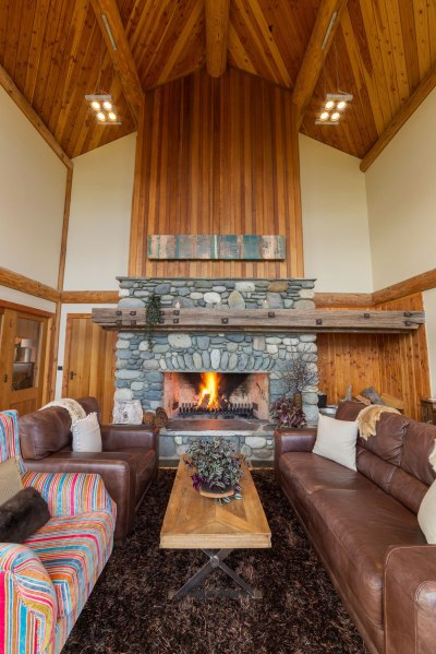 The main lounge at Fiordland Lodge in New Zealand