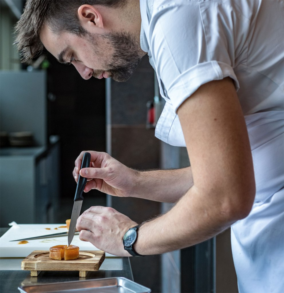 Roganic Introduces New Baking Workshop led by Oli Marlow