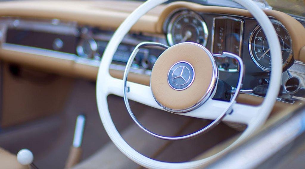 ionic cars Mercedes-Benz 280 SL dashboard