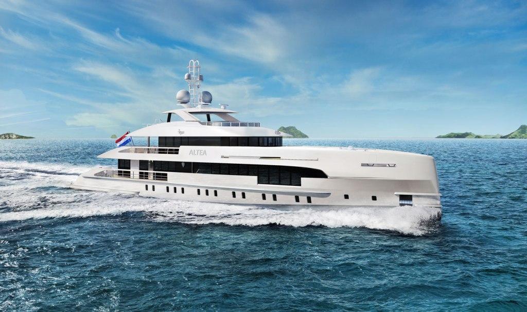 Render of Heesen Yachts Project Altea running at sea