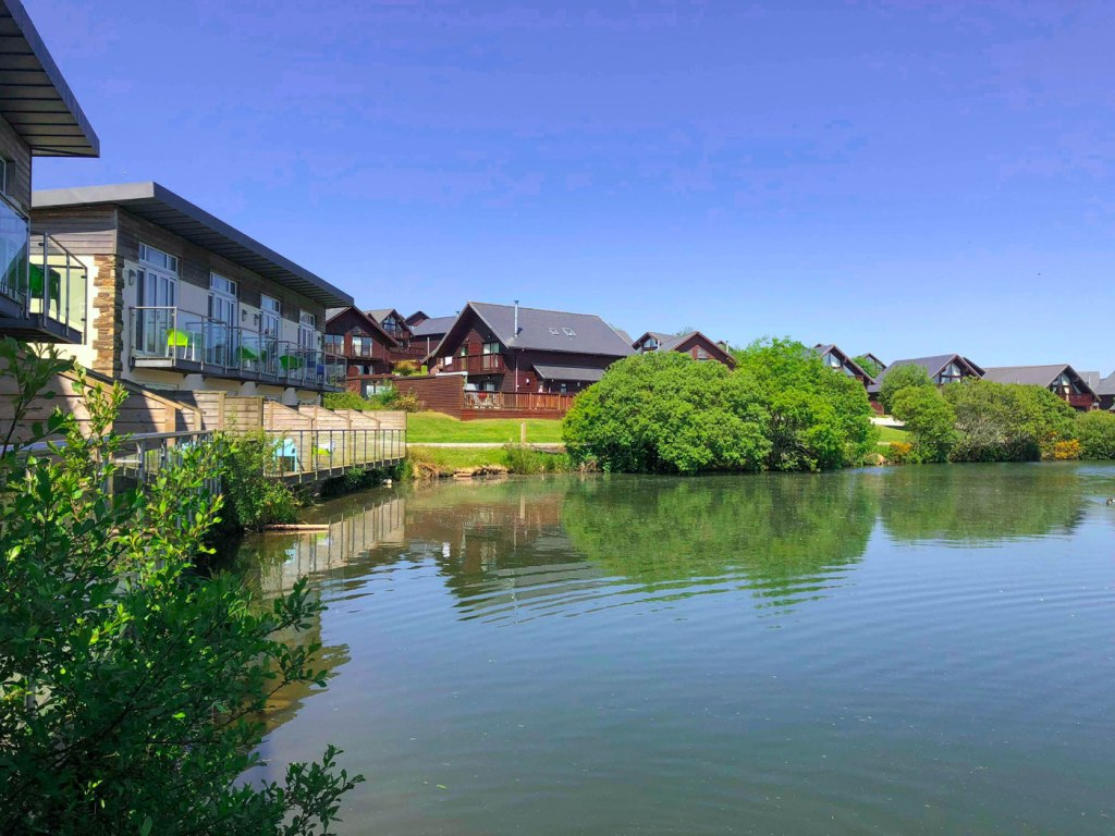 Retallack Resort & Spa waterside
