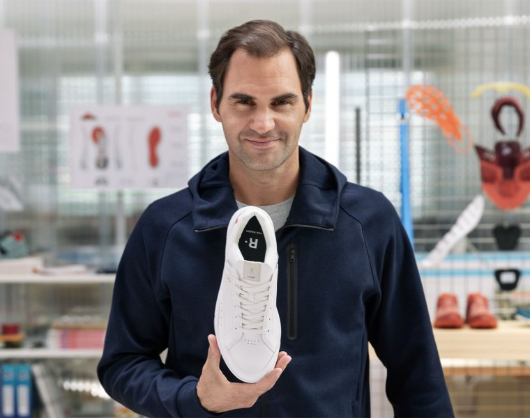 "On and Roger Federer Reveal ""THE ROGER"" – A Tennis-Inspired Trainer"
