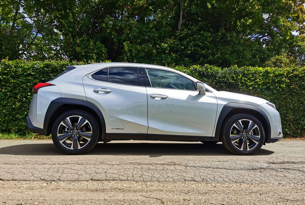Silver Lexus UX 250h Takumi E-Four side profile