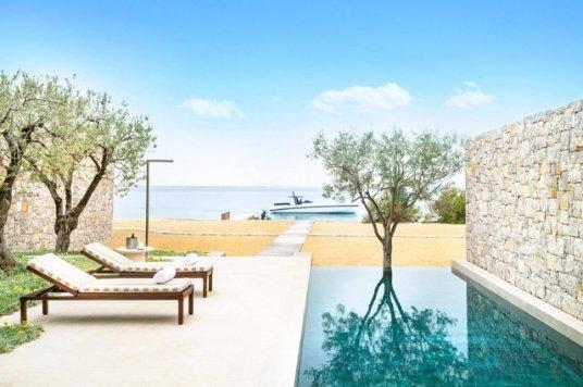 hotel-amanzoe-heli-porto-strand