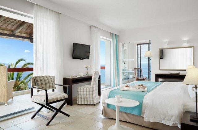 hotel-eagles-palace-halkidiki-junior-suite