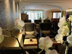 Lanerhof winkler hotel pustertal Suedtirol wellness urlaub familienhotel test kronplatz outdoor berge 012 foyer lounge - Der Lanerhof - Wellness, Gourmet & Sport in Südtirol