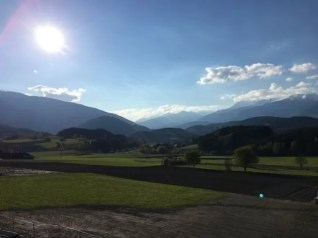 Lanerhof winkler hotel pustertal Suedtirol wellness urlaub familienhotel test kronplatz outdoor berge 01 tal blick - Der Lanerhof - Wellness, Gourmet & Sport in Südtirol