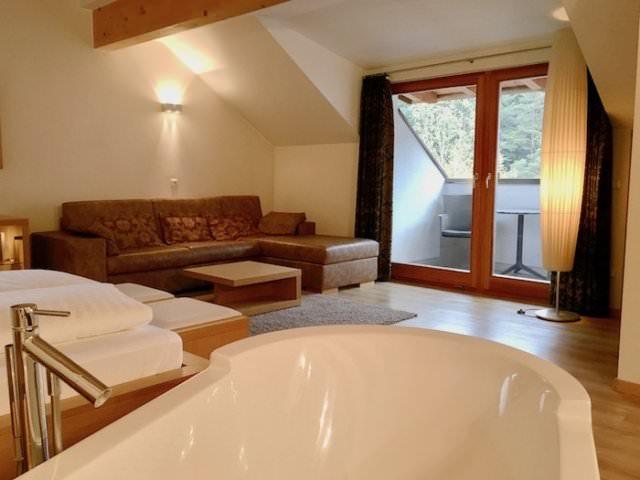 Lanerhof winkler hotel pustertal Suedtirol wellness urlaub familienhotel test kronplatz outdoor berge Suite familien zimmer - Der Lanerhof - Wellness, Gourmet & Sport in Südtirol