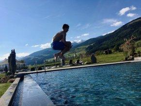 Sonnenhof winkler hotel pustertal Suedtirol wellness urlaub familienhotel test kronplatz outdoor berge 012 pool 9744 - Der Lanerhof - Wellness, Gourmet & Sport in Südtirol