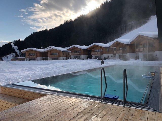 Feuerstein Family Resort Brenner aussenpool chalet - Feuerstein Family Resort am Brenner in Südtirol - Entspannter Luxus