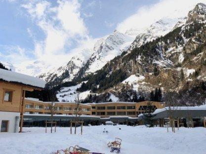 Feuerstein-Family-Resort-Brenner-hotelpanorama