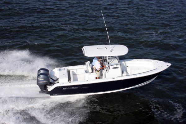 2012 Sea Hunt GAMEFISH 25 Center Console Boats Yachts