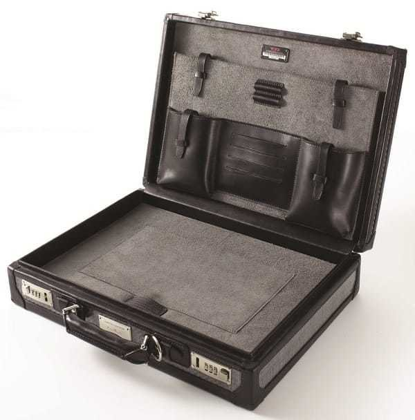 Interior of the Tumi Tegra-Lite Briefcase